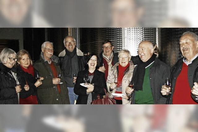 Jungweinprobe lockt erfreulich viele junge Leute an