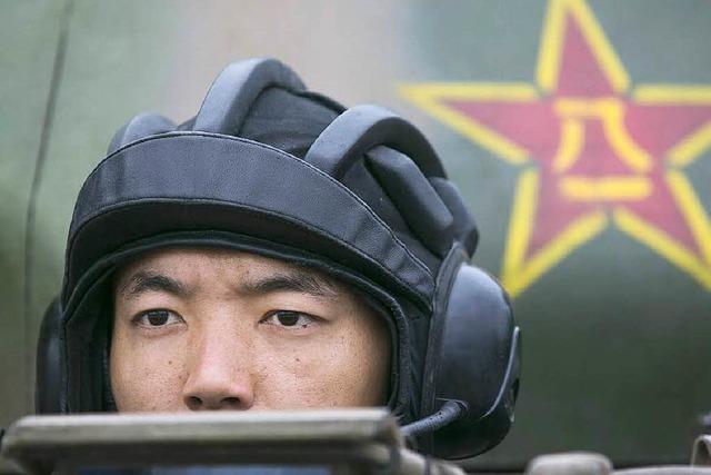 China kündigt Rekordausgaben für Militär an