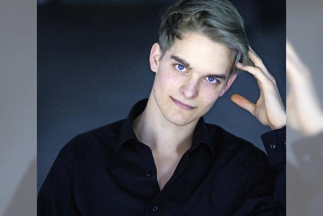 Pianist Mathis Bereuther in der Lörracher Galerie Ars Nova