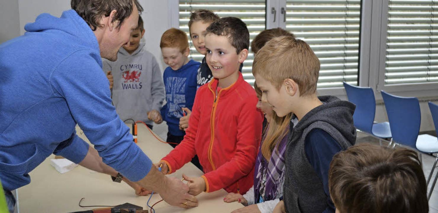 Mit viel Eifer waren die jungen Forscher bei der Sache.   | Foto: ENERGIEDIENST