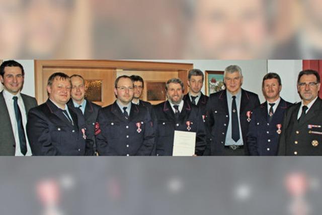 Feuerwehr, Polizei und Straßenmeisterei im Kompetenzgerangel