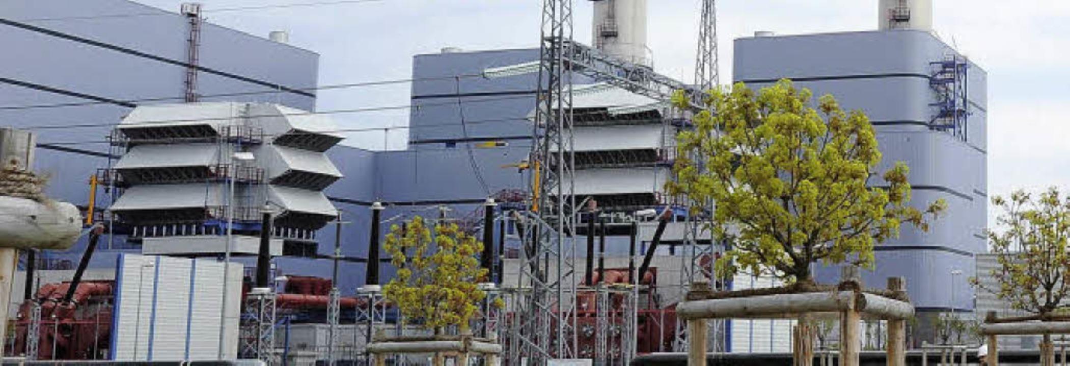 Bald außer Betrieb? Gaskraftwerk Irsching  | Foto: DPA