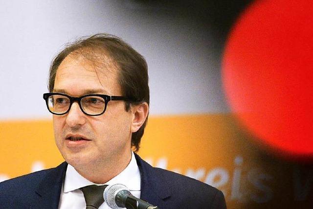 Im Fluglärm-Streit stellt sich Dobrindt gegen die Schweiz