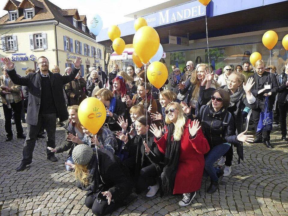 Der Jugendchor aus Lund/Schweden trat ...der Jugendchor aus Celje (Slowenien).   | Foto: Anne Freyer