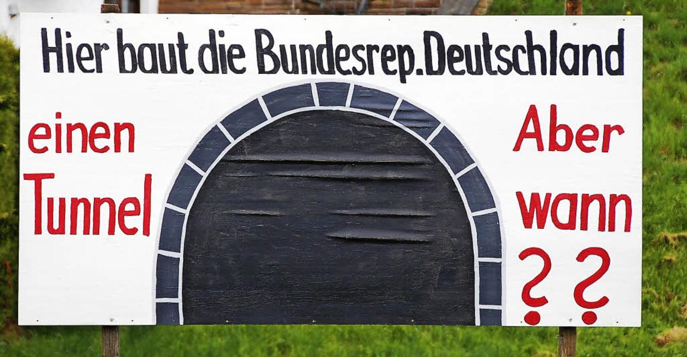 Diese Frage nach dem Baubeginn der Ort... ist, bleibt weiterhin unbeantwortet.     Foto: Archivfoto: Elfriede Mosmann