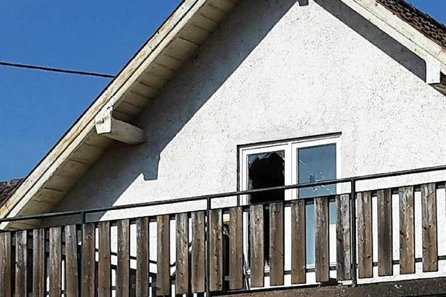 Vandalismus im Flüchtlingsheim: Polizei verfolgt Blutspur