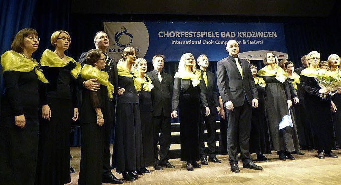 Der Kammerchor Falun bei seinem Abschiedslied.   | Foto: Anne Freyer