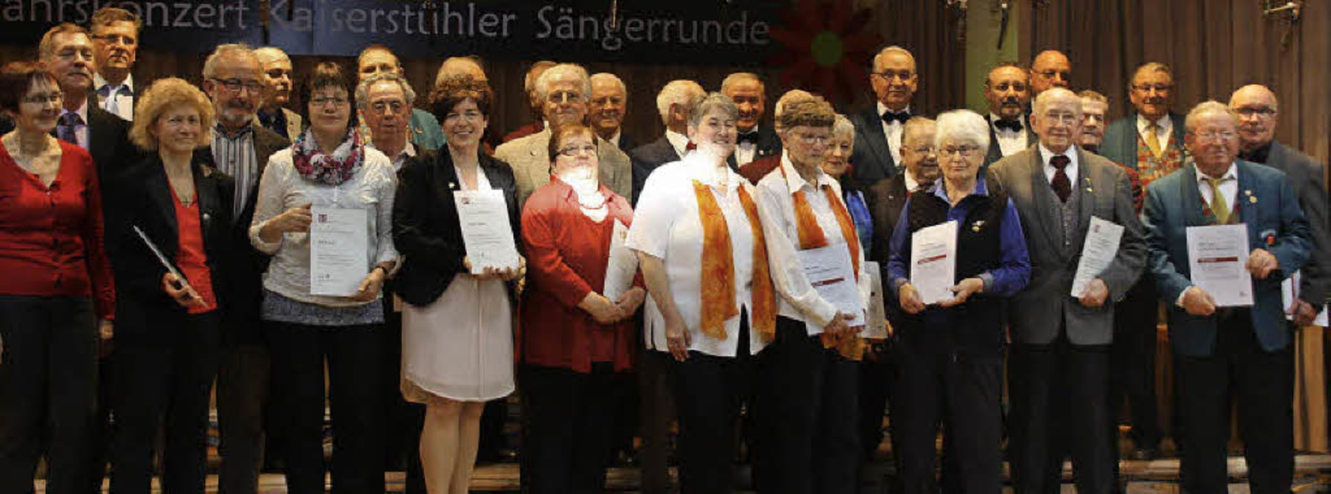 Die Geehrten der Kaiserstühler Sängerr... Vorstand des Breisgauer Sängerbundes.    Foto: Christiane Franz