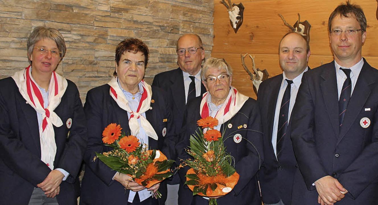 Geehrte beim DRK Lenzkirch (von links)...etzler, Ingo Keller und Reiner Lippert    Foto: Dennis Wipf