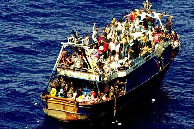 Wie Schleuser mit Flüchtlingen Milliarden verdienen