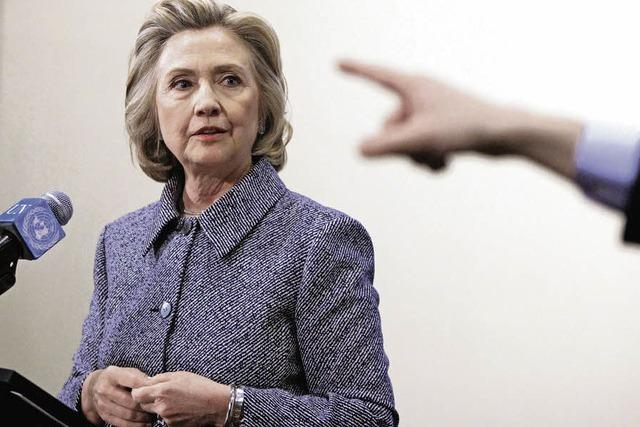 Hillary Clinton räumt bei E-Mail-Kommunikation Fehler ein