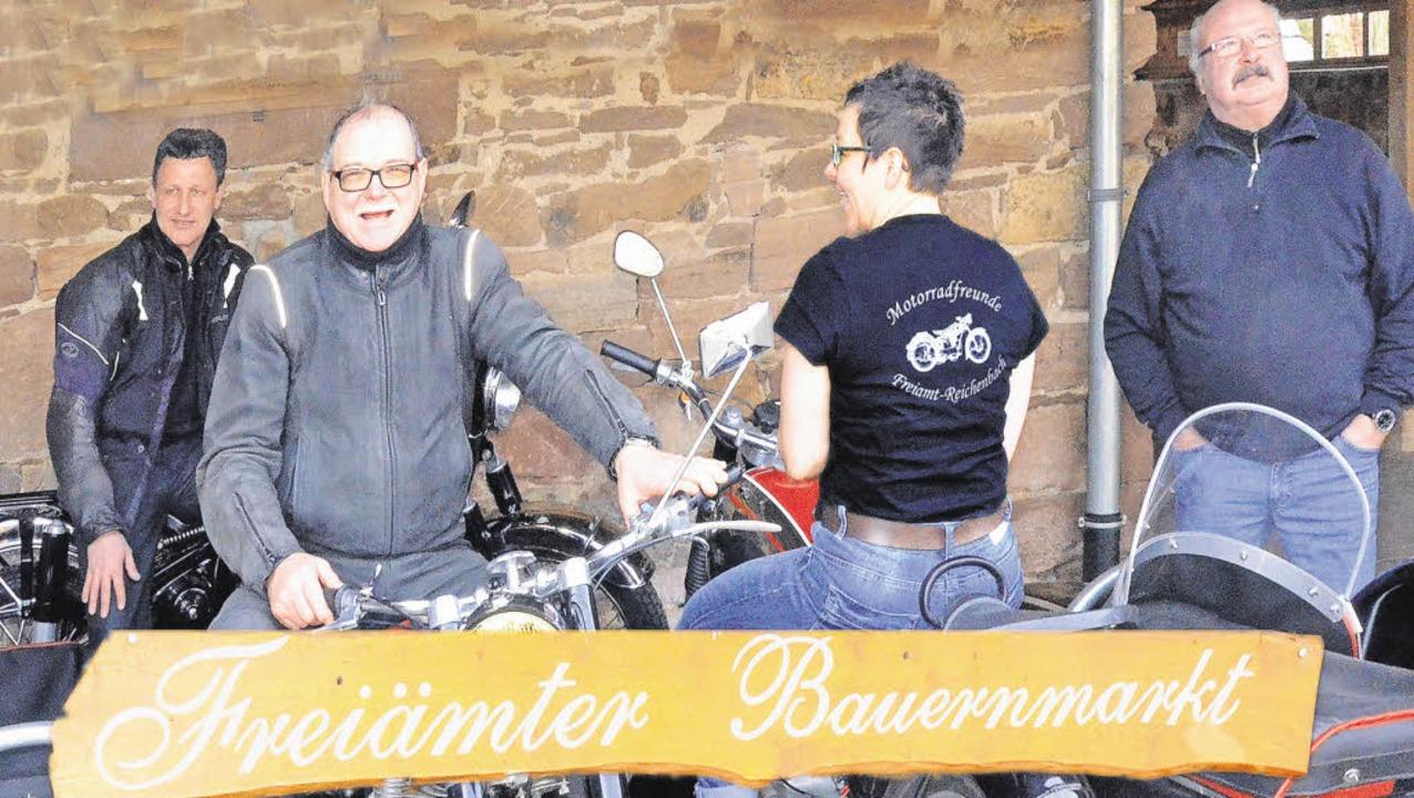 Beim Ostermarkt denkt man nicht gleich...in Magnet bei der Veranstaltung sein.   | Foto: Jürgen Schneider