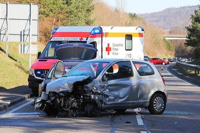Crash mit vier Autos
