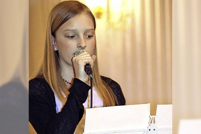 Kollegsschüler erfreuen ihr Publikum mit Musik voller Wärme
