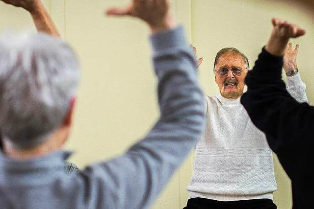 90-Jähriger bietet Selbstverteidigungskurs an