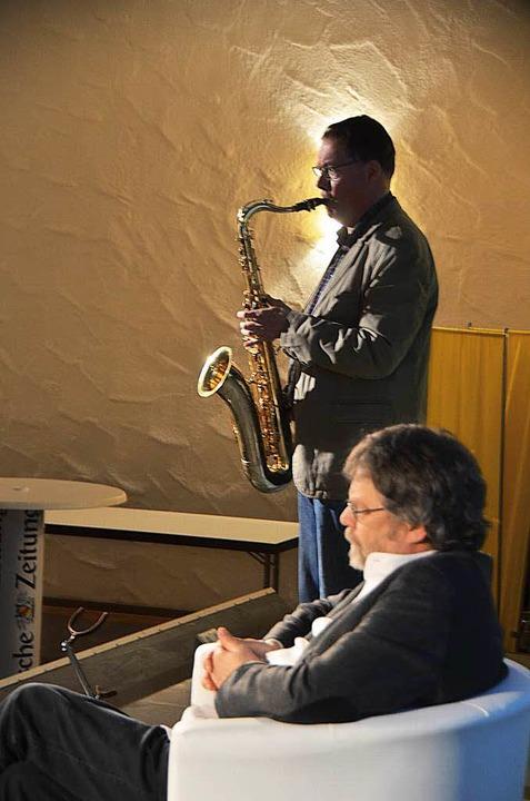 Rainer Wahl rückte alles musikalisch zurecht  | Foto: Sylvia-Karina  Jahn