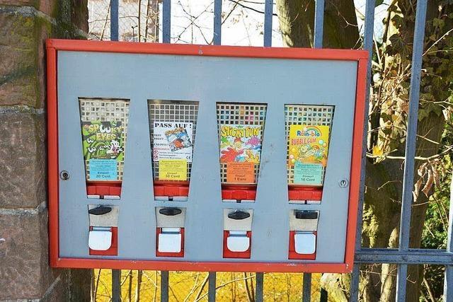 Wer befüllt eigentlich die Kaugummi-Automaten in Müllheim?