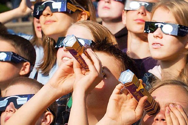 Sonnenfinsternis-Brillen ausverkauft – Freiburger Kita reagiert