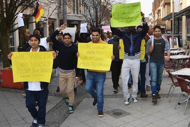 Asylbewerber demonstrieren für Arbeitserlaubnis
