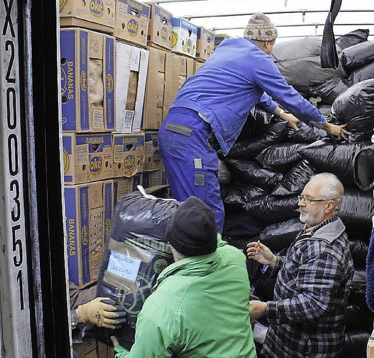 Allein 313 Hilfslieferungen gab es schon nach Rumänien.    Foto: Hermann Zeh