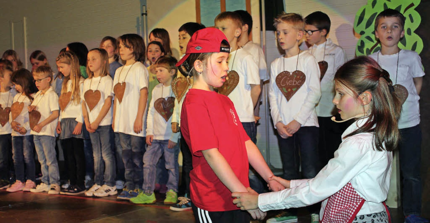 110 Schüler wirken bei dem Musical in Gottenheim mit.  | Foto: Mario Schöneberg