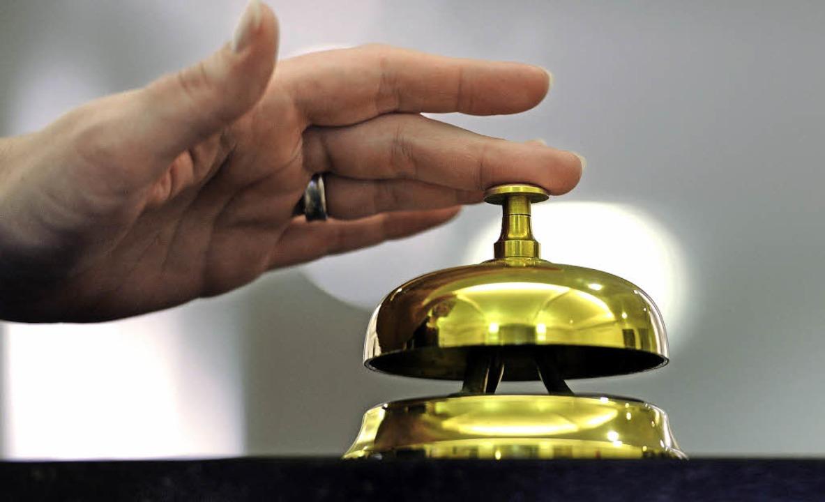 Bitte klingeln: Auf dem Hotzenwald gibt es noch 2806 Gästebetten.  | Foto: symbolfoto: ingo schneider