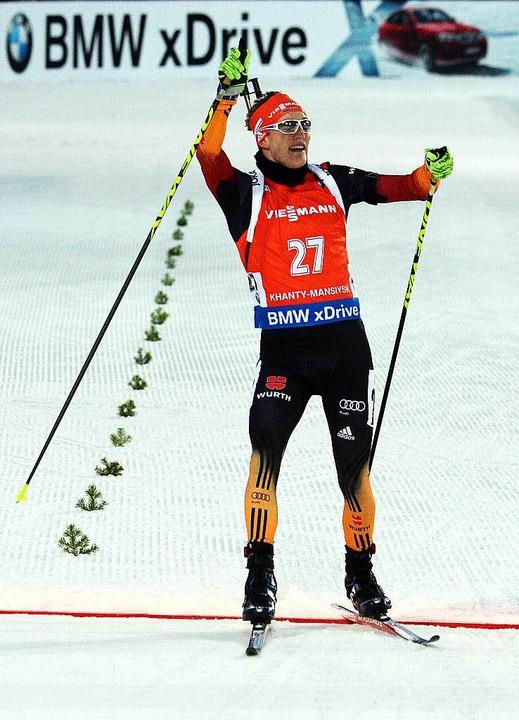 Jubel auf der Ziellinie: Benedikt Doll freut sich über Rang drei.    Foto: afp