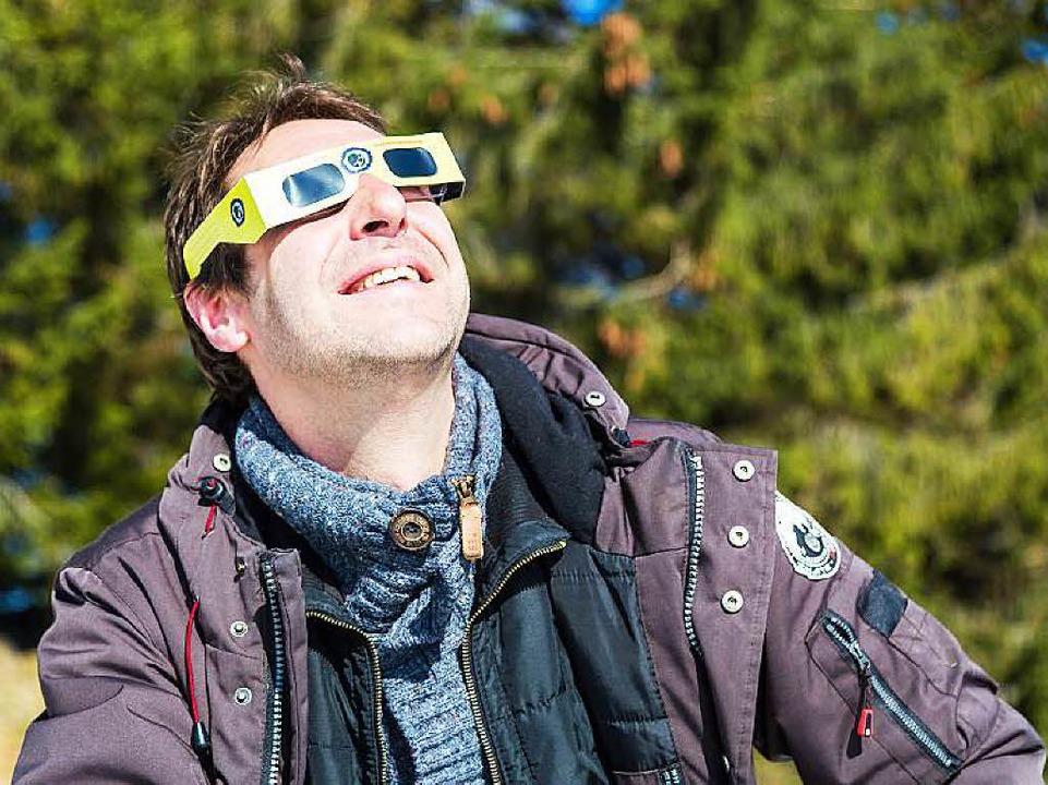 Er hat sich für die Sonnenfinsternis extra frei genommen.  | Foto: Oliver Huber