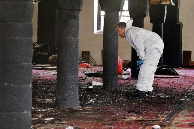 IS tötet bei Anschlag auf christliche Gotteshäuser 140 Menschen