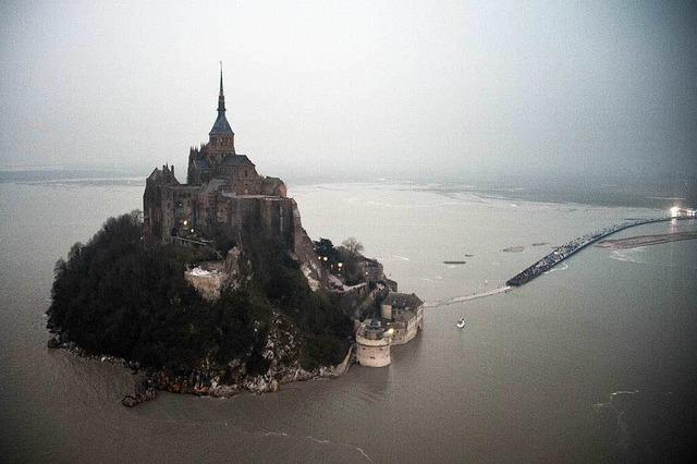 Jahrhundertflut in der Bretagne sorgt für seltene Anblicke