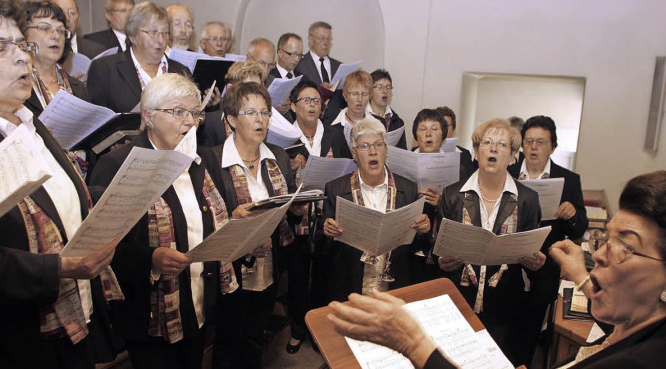 Unverzichtbar bei kirchlichen Festen, ...chor, wie hier beim Patrozinium 2013.     Foto: archivfoto: heidi  fössel