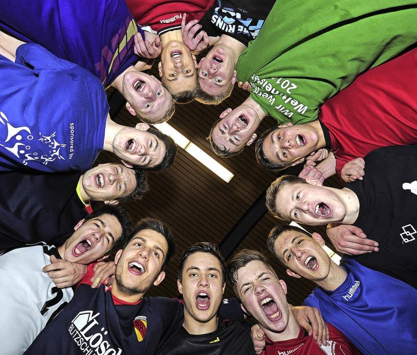Gemeinsam sind sie stark: Die B-Jugendlichen  der SG.     Foto: Fotos: Bettina Schaller