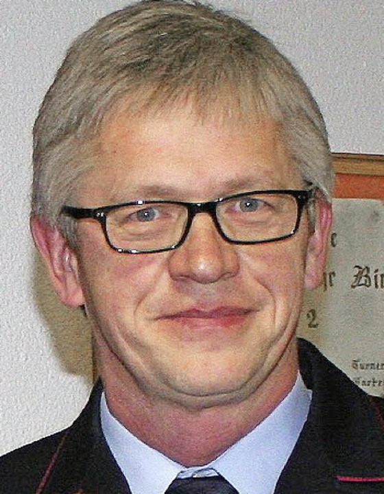 Beispielgebend: Feuerwehrchef  Günter Lenke  | Foto: Reinhard Cremer