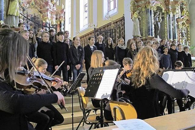 Wenn Profisänger mit dem Schülerchor singen