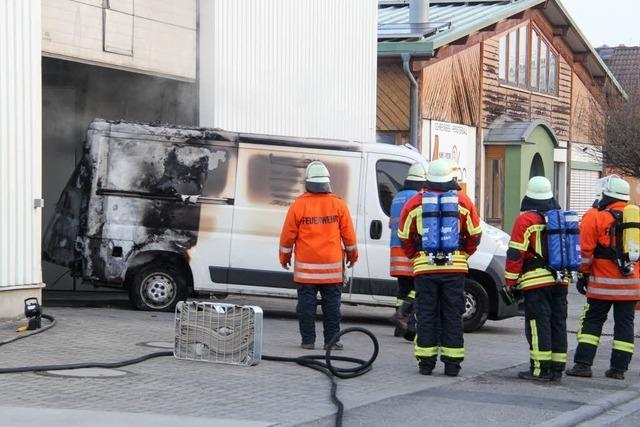 Brand in Lagerhalle in Schliengen
