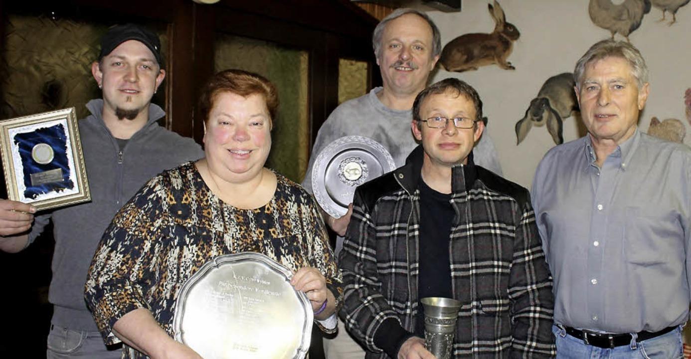 Erfolgreiche Züchter (von links) Marco...er (Bundessieger und Bundesehrenpreis)  | Foto: Albert Greiner