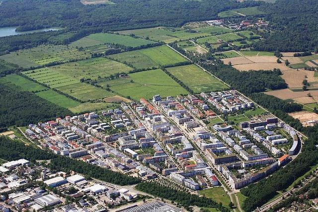 Noch mehr Rathaus-Pensionäre fordern neuen Stadtteil Rieselfeld-West