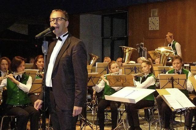 Krieg und Frieden werden musikalisch interpretiert