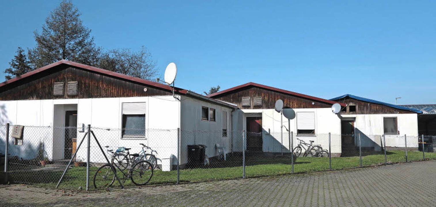 Die drei Häuschen der Schliengener Flü...den derzeit von der Gemeinde saniert.   | Foto: Dorothee Philipp
