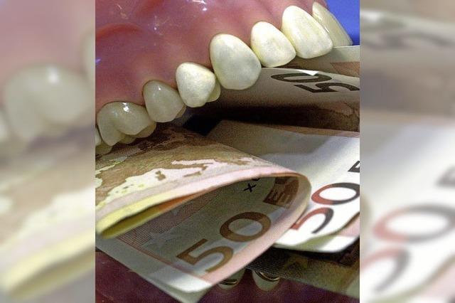 Zahnarzt muss Schmerzensgeld bezahlen