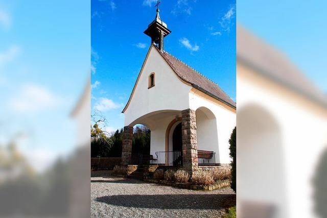 Pfarrer Markus Erhart steht zur Entfernung der Gedenktafeln für Kriegsgeneräle