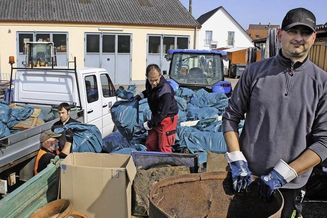 Mehr als 500 Helfer säubern die Stadt