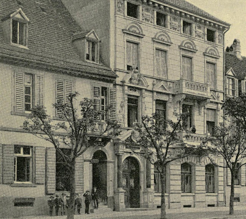 Das Foto zeigt das bis 1890  noch zwei...ute Haus des Hoffotografen Conrad Ruf.    Foto: Archiv Manfred Gallo