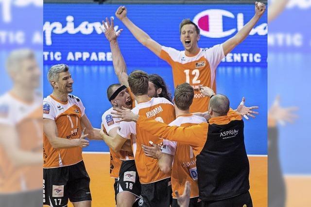 Platz drei und viel Lob für Berlin Volleys