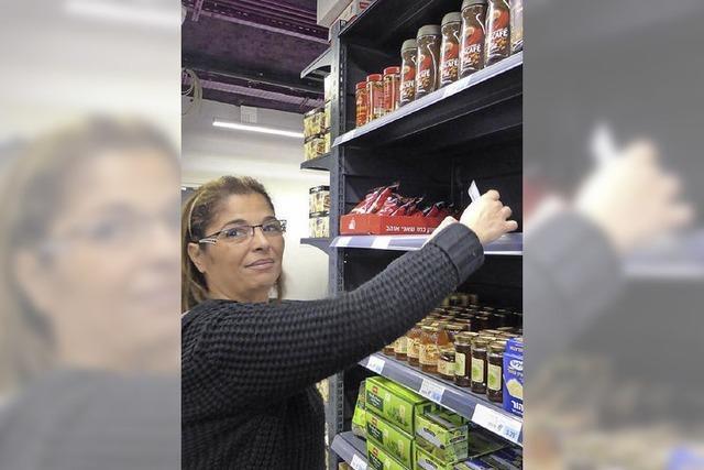 Wie der jüdische Supermarkt in Paris wieder in den Alltag findet