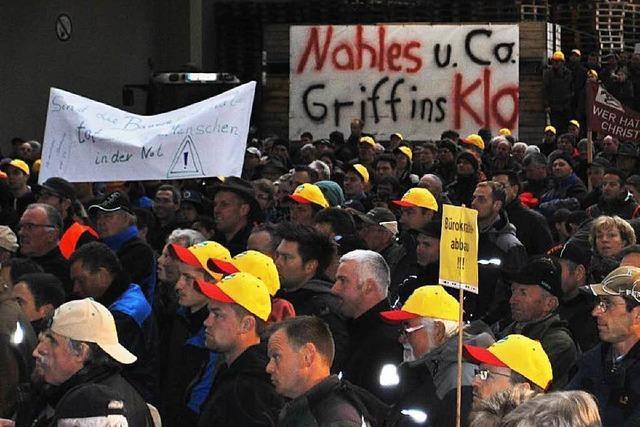 Bauern und Winzer protestieren in Oberkirch gegen Mindestlohn