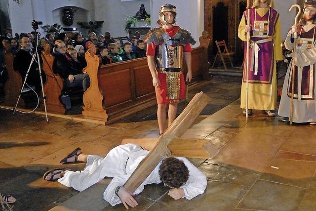 Pharisäer, weinende Frauen und römische Soldaten