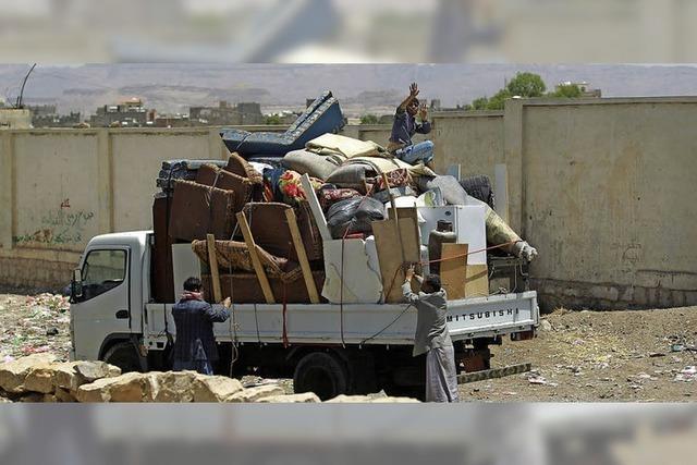 Jemeniten flüchten auf Booten nach Somalia