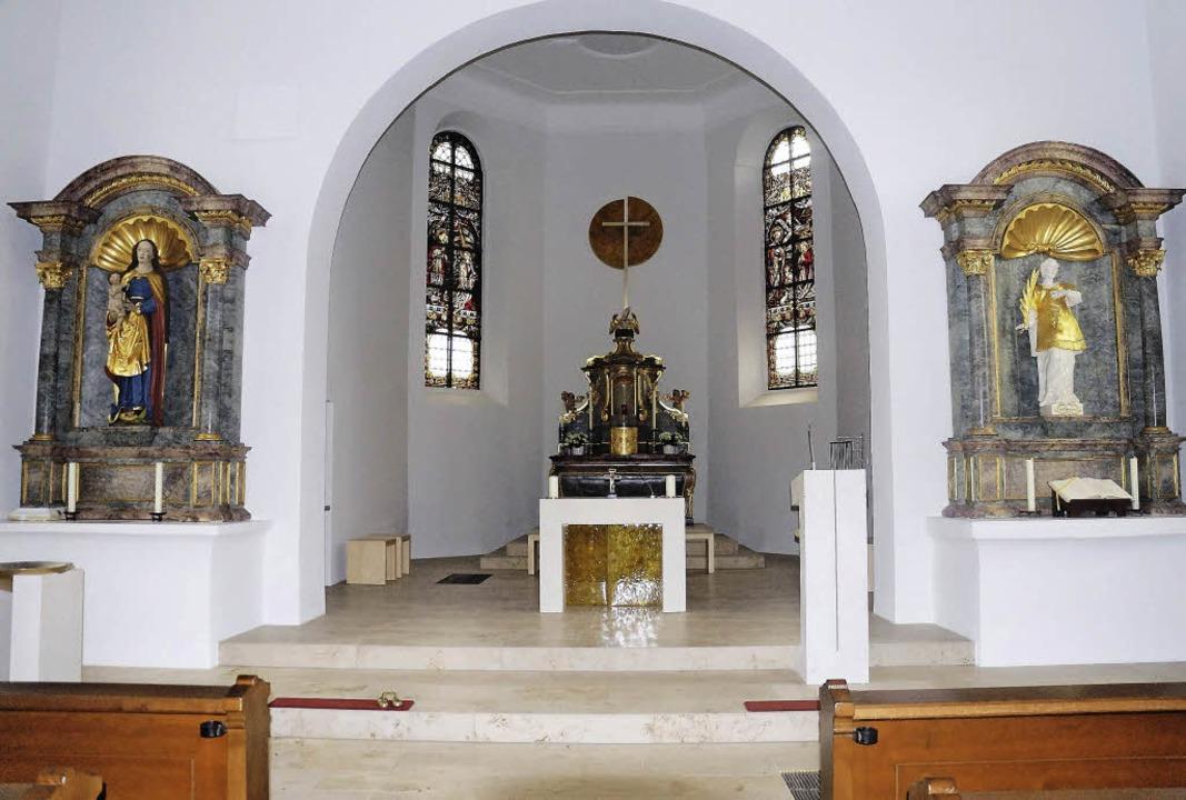Der neu gestaltete Altarraum der St. Stephanskirche in Oberrimsingen   | Foto: Privat