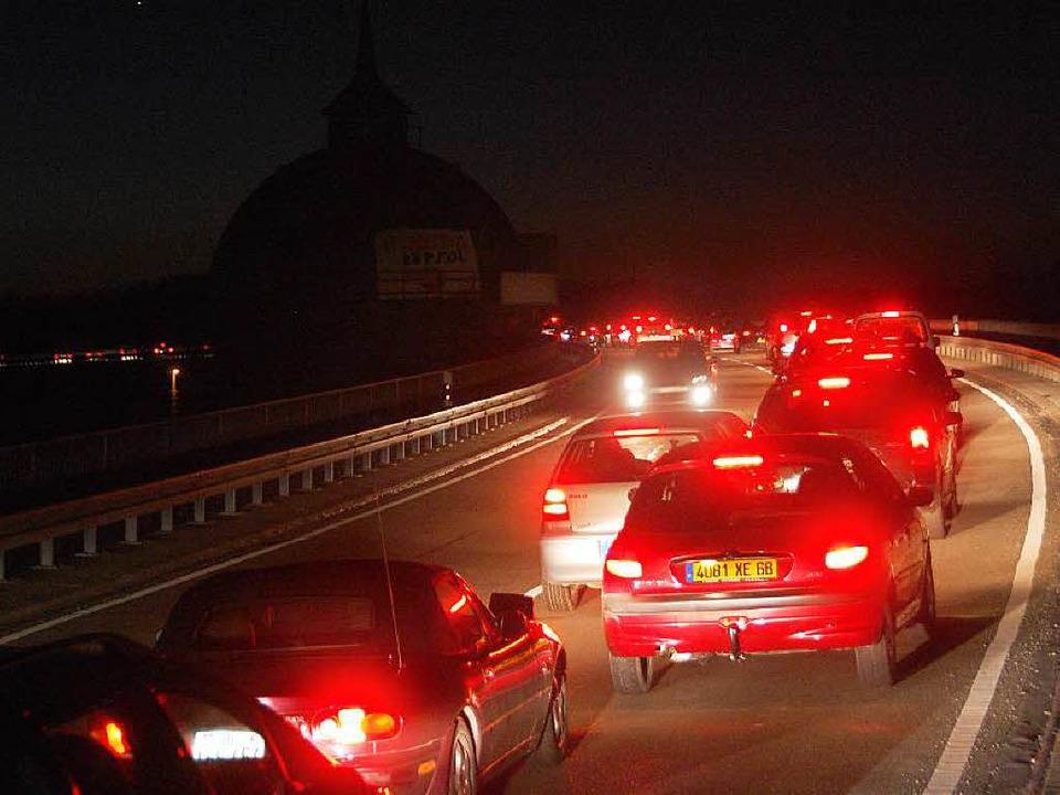 Die Weiler Straßen sind schon stark be... könnte das Problem noch verschärfen.   | Foto: Lauber